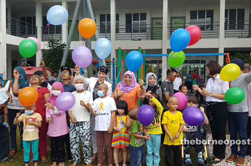Counsellors may help parents with cancer-stricken children